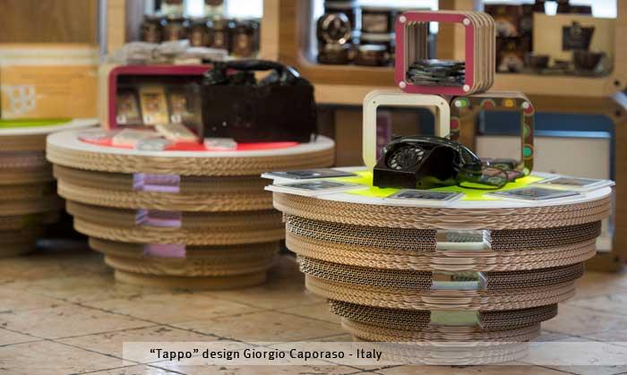 Tappo tavolino illuminante di studio caporaso design - Mobili in cartone design ...